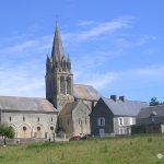 Tour-en-Bessin, l'église Saint-Pierre du XIIe siècle