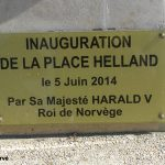 Villons-les-Buissons, plaque Lieutenant Helland