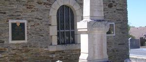 La Vacquerie, monument lettrine