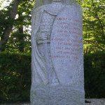 Saint-James, stèle de Guillaume le Conquérant