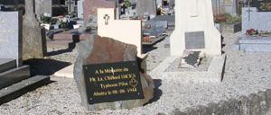 Ussy, monument lettrine