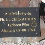Ussy, stèle Flight Lieutenant Clifford Hicks