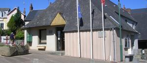 Longueville, monument lettrine