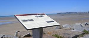 Saint-Pair-sur-Mer, monument lettrine