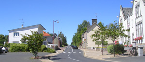Folligny, ville lettrine
