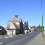 Lengronne, la D13 vers Saint-Denis-le-Gast