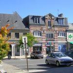 Pontorson, la place de l'Hôtel de ville