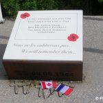 Bernières-sur-Mer, monument Nan Red