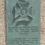 Courseulles-sur-Mer, stèle The Regina Rifle Regiment