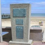 Courseulles-sur-Mer, stèle First Canadian Scottish Regiment