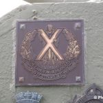Courseulles-sur-Mer, plaque The Cameron Highlanders of Ottawa