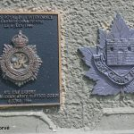 Courseulles-sur-Mer, plaque Royal Canadian Army Service Corps & Fort Garry Horse