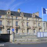 Lion-sur-Mer, l'Hôtel de ville