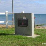 Lion-sur-Mer, stèle Landing Craft Headquarters 185