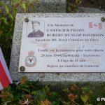 Couterne, stèle Pilot Officer Robert Davidson