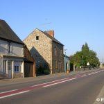 Saint-Mars-d'Égrenne, route de Domfront-en-Poiraie